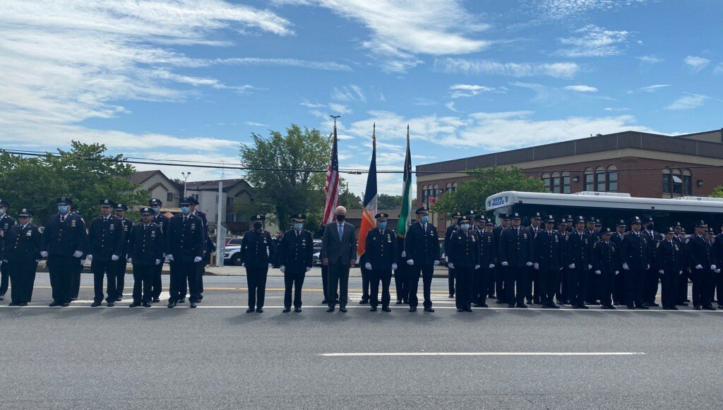 This week we laid to rest @NYPD60Pct Police Officer Peter Furtaw who was tragically taken from us.   We join his family, friends and colleagues from @NYPDBklynSouth as we mourn this terrible loss. https://t.co/KmXIz5uXzO