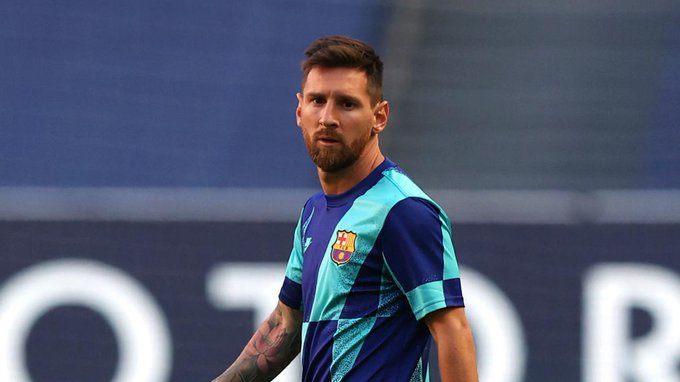 Messi Staying although he wanted to leave