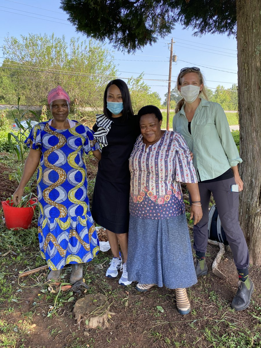 Today UPS Foundation visited with @GlobalGrowers and two farmers from Burundi to see how the @UPS grant funding is helping to provide economical and nutritional support for the local community in Clarkston, GA.