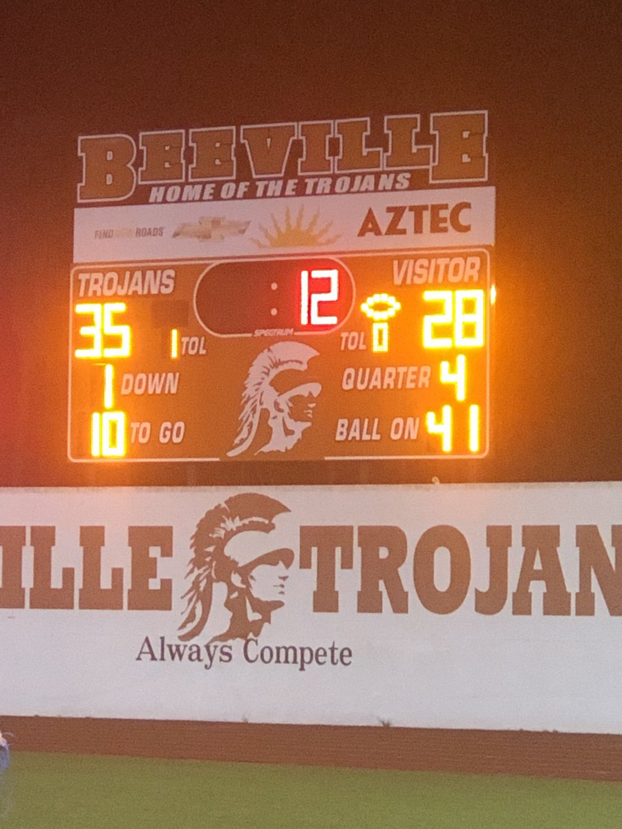 Hard fought victory for the TROJANS!!!!! ⁦@BeevilleISD⁩