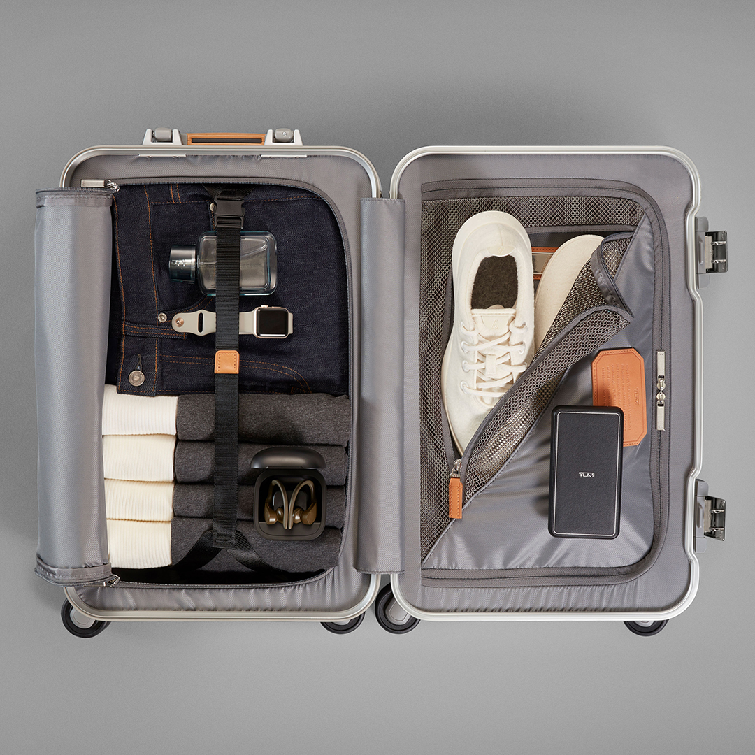 With enough room for all your must-pack essentials and then some, we make staying organized easy. #PerfectingTheJourney https://t.co/tSOR8qiAg9