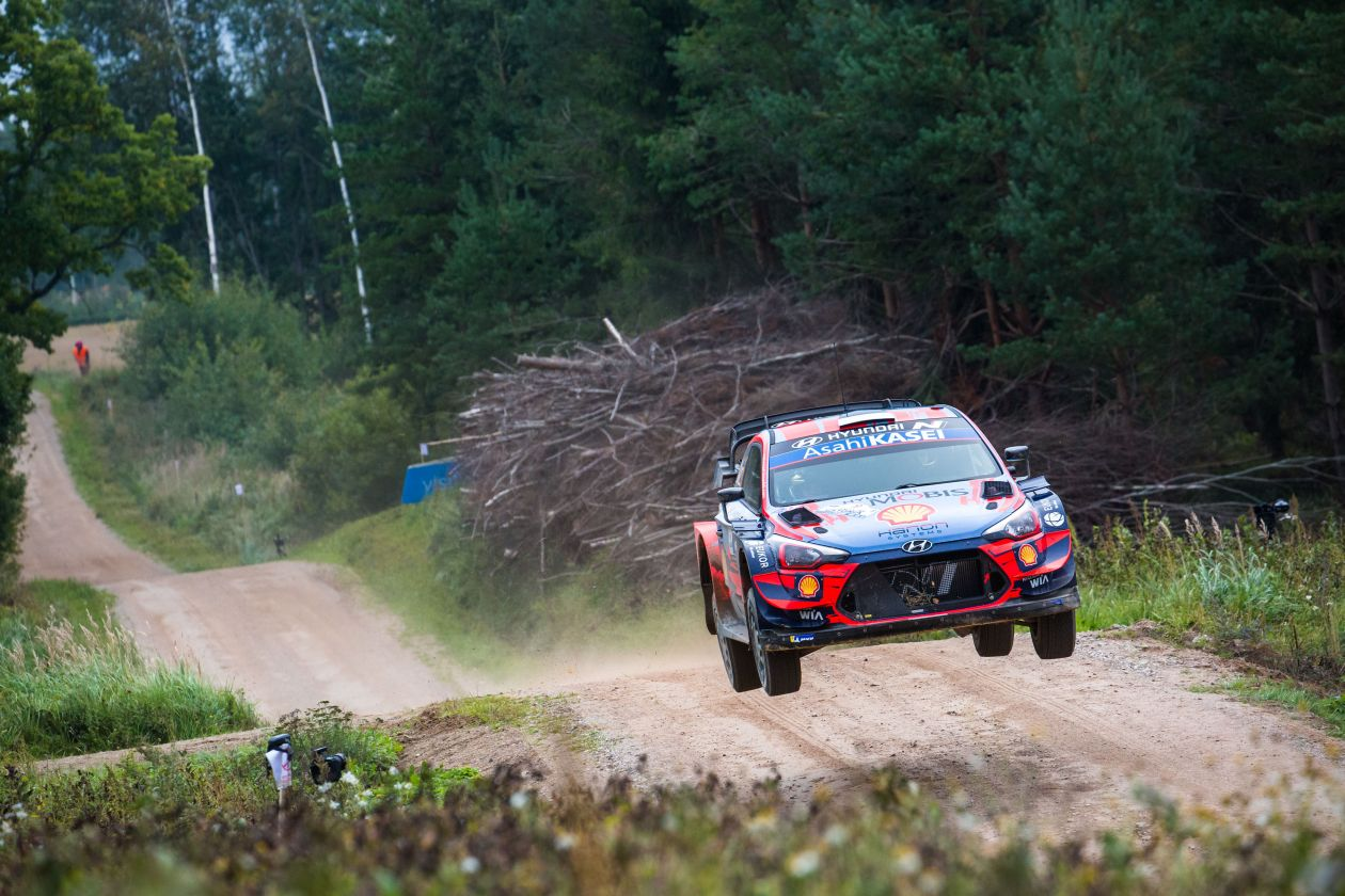 WRC: 10º Rallye Estonia [4-6 Septiembre] - Página 5 EhKK0HXWAAISD3i?format=jpg&name=large