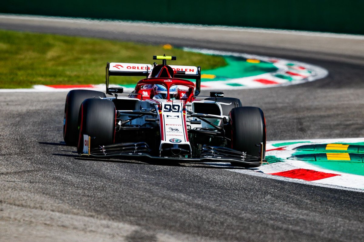Senza il vostro calore è ancora più dura, ma so che ci siete e domani lotterò 🇮🇹👊 . Without your support it's even tougher, but I know you are there and tomorrow I'll fight 💪 #F1 #AG99🐝 #ItalianGP #Monza #AlfaRomeoRacing https://t.co/XI8TEKKWao