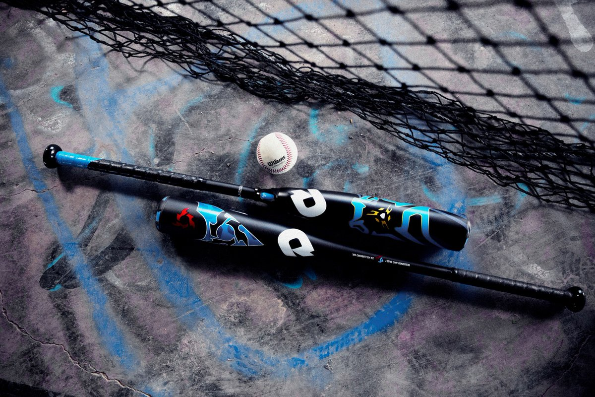 Turn heads with the 2020 Voodoo and Voodoo One USA Baseball.  Explore here: https://t.co/zOtHbR6Mnv  #DeMarini #Baseball https://t.co/RExSLRbPCY