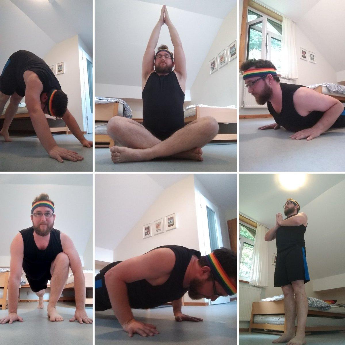 34 Sūrya Namaskāra  सूर्य नमस्कार  #yoga #SūryaNamaskāra #सूर्यनमस्कार #asana #spiceboy #sportyspice #sports #waldschlösschen #akademiewaldschlösschen #aidshilfe https://t.co/TYxN2yN0br
