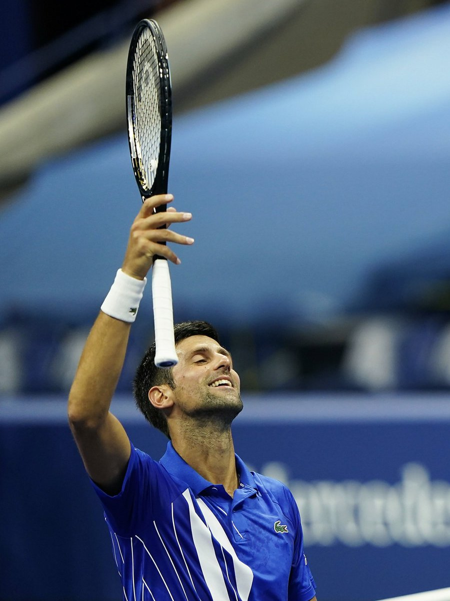 Giving thanks for these moments, keeping head high for #R16 #letsgo 🙏🏼👐🏼💪🏼😤🎾 #USOpen #teamdjokovic #nolefam #idemooo https://t.co/ObDw9KNkBg