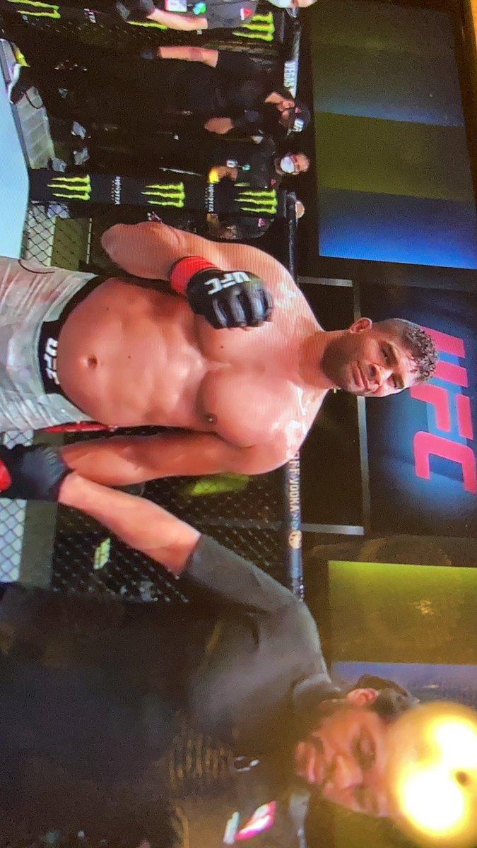 ▪️That's IT‼️ 🤜🏽2 fight win streak for @Alistairovereem with a 5th RD TKO Finish over Sakai‼️#UFCVegas11 #UFC #MMA #ESPN #OvereemvsSakai #MMAFam https://t.co/9qvr9mY22h