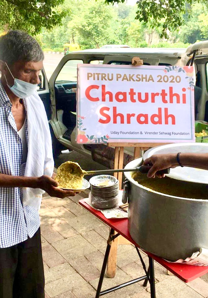 Pitru Paksha 2020 Chaturthi Shradh   On this Pitru Paksha remember your ancestors by offering food to the poor and needy.   Details: https://t.co/jp4oqEL3Pa   W/ @SehwagFoundatn   #pitrupaksha https://t.co/AX933Rxo1Y