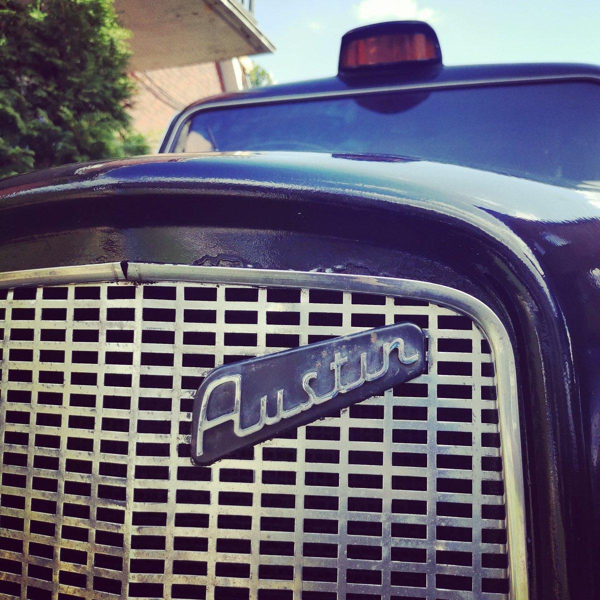 50 Jahre Geschichte hat unser Austin Taxi zu erzählen...  #photobooth #fotobox #photobox #eventphotos #weeding #heiratenhamburg #hamburg #buisunessevents #werbeagentur https://t.co/mYdeSHEjak https://t.co/O6VWrL4oeS