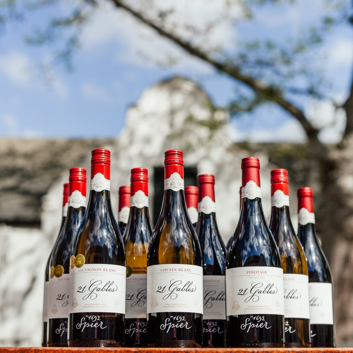 Spier is one of the oldest wine farms in Stellenbosch.  To celebrate #HeritageMonth 🇿🇦 we are bringing you a special Heritage Pack with 12 bottles of our 21 Gables wines, named in honour of the gables on the farm.  Shop here: https://t.co/jWOnBdqkmR https://t.co/0ZepmCGbZ0