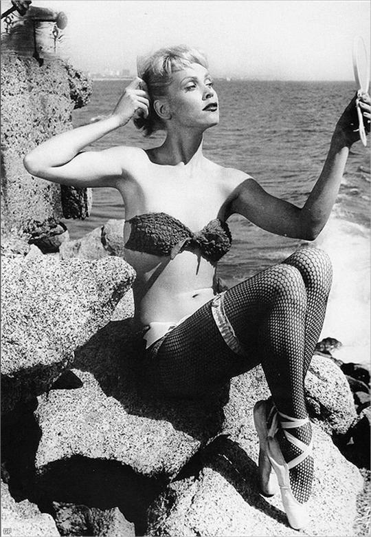"Maila Nurmi ""Vampira"" 1950's. #vampira #50s"