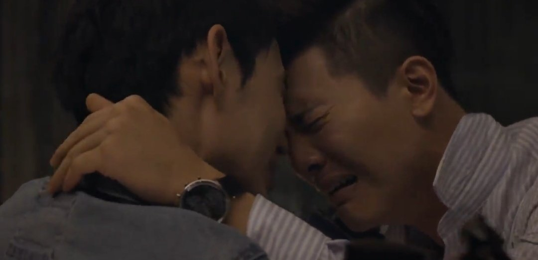 Jake Hsu and Chris Wu were PHENOMENAL in this scene because even if their roles have clashing perspectives and on opposite sides of law, despite the agression this confrontation required, you still see two human beings in love who are each other's greatest weakness and STRENGTH.