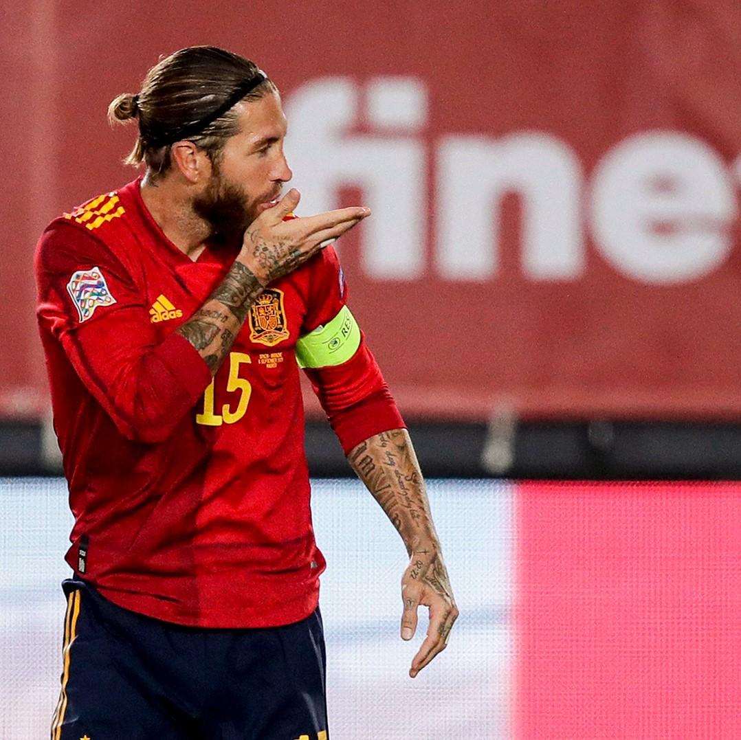 😘 @SergioRamos ⚽⚽ 🇪🇸 España 4-0 Ucrania 🇺🇦 ✨ UEFA Nations League #HalaMadrid https://t.co/EC32Vg7W3W