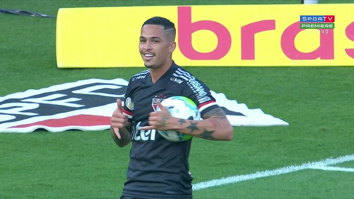 Diario Spfc 26 45 على تويتر Luciano Da Rocha Neves Vs Fluminense Vs Atletico Mg Vs Corinthians Vs Athletico Pr Vs Sport Vs Bahia Https T Co Ggatuusnnp