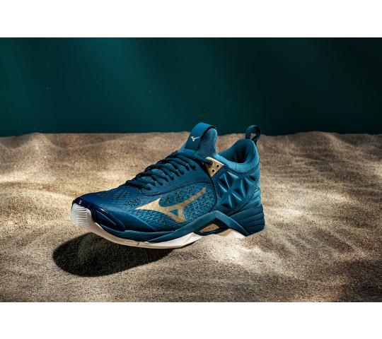 MIZUNOの大人気モデルWave Lightning Z6 に 限定カラーが登場です💙🧡🏐  https://t.co/KgEWzwxr5Q  #オーカ #海外バレー #バレーボール #バレーシューズ #バレー #バレーボールシューズ #mizuno #リミテッドエディション #volleyballshoes #MizunoExpedition https://t.co/F3t6xLWG4H