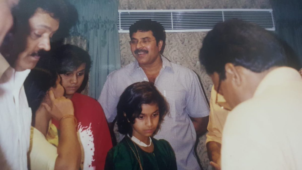 Happy Birthday to the legendary and handsome @mammukka uncle❣️  You've been a constant source of inspiration 🙏🏻  May you keep growing younger by the day as you always do and have a blessed year ahead! 😊   #HappyBirthdayMammootty https://t.co/Vjjzrk40Pw