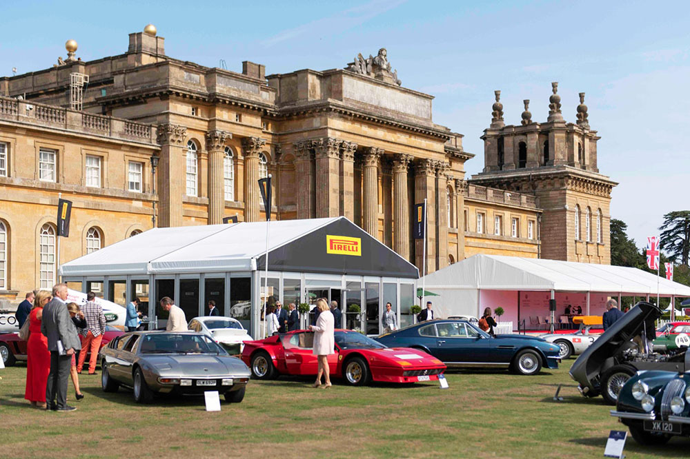 *ENDS TONIGHT - VELOCE CHARITY AUCTION*  A never-to-be-forgotten lunch at this year's @SalonPriveUK, where the winner and their guest will be joined by the 1996 F1 World Champion Damon @HillF1, and the 1970 Le Mans winner Richard Attwood.  Details: https://t.co/TKJ5Pu7j0e https://t.co/wJunWKcwFq