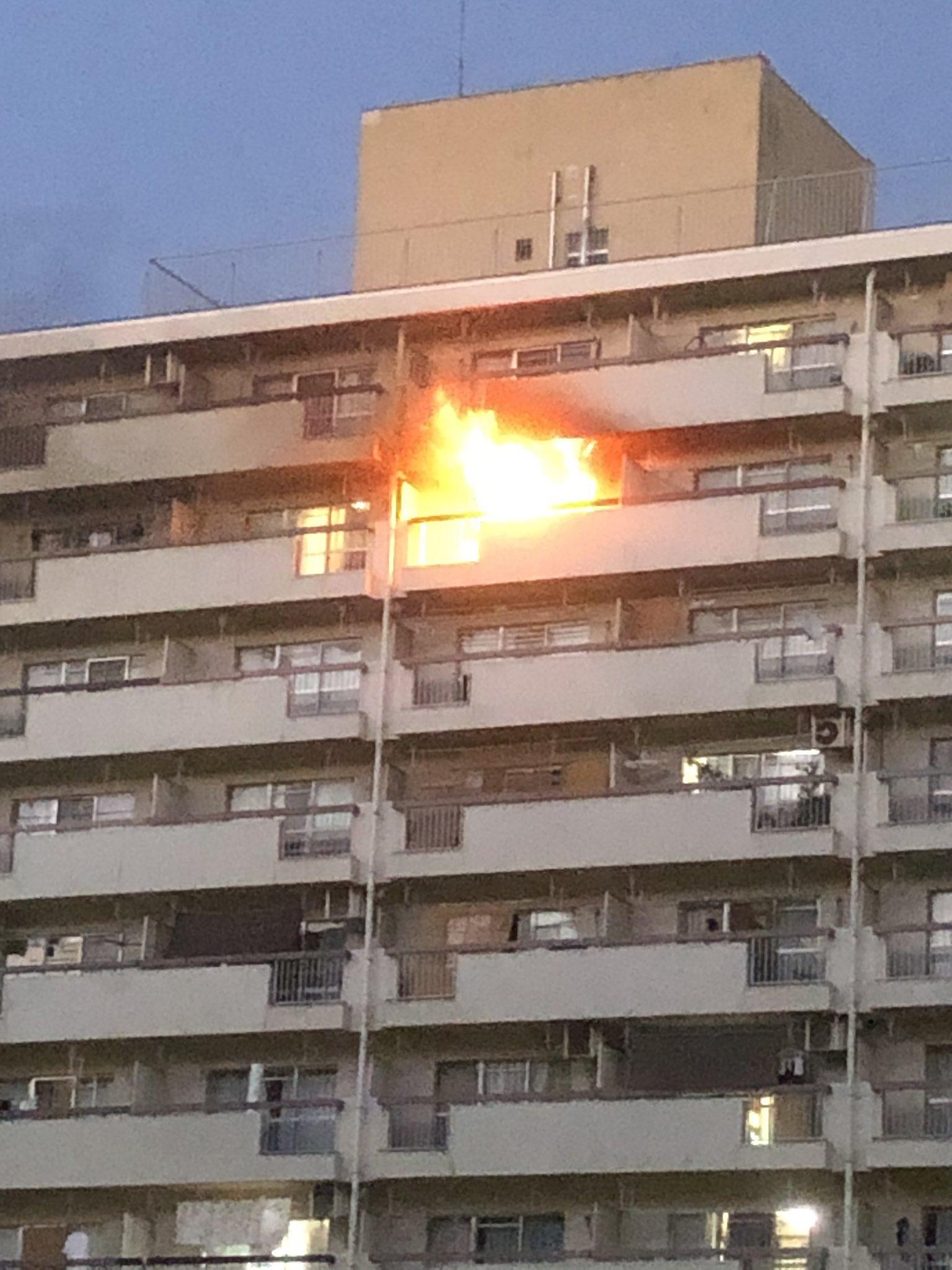 板橋区高島平の団地で火事が起きている画像