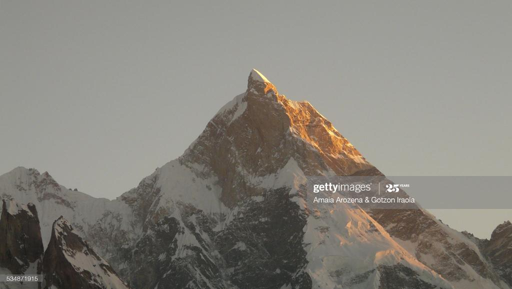 Masherbrum peak at sunset   Masherbrum (also known as K1) is located in the Ghanche District, Gilgit Baltistan region of Pakistan. At 7,821 metres (25,659 ft) it is the 22nd highest mountain in the world and the 9th highest in Pakistan.   #GilgitBaltistan #Karakoram #Mashabrum ⛰️ https://t.co/7BcfkLYiXK