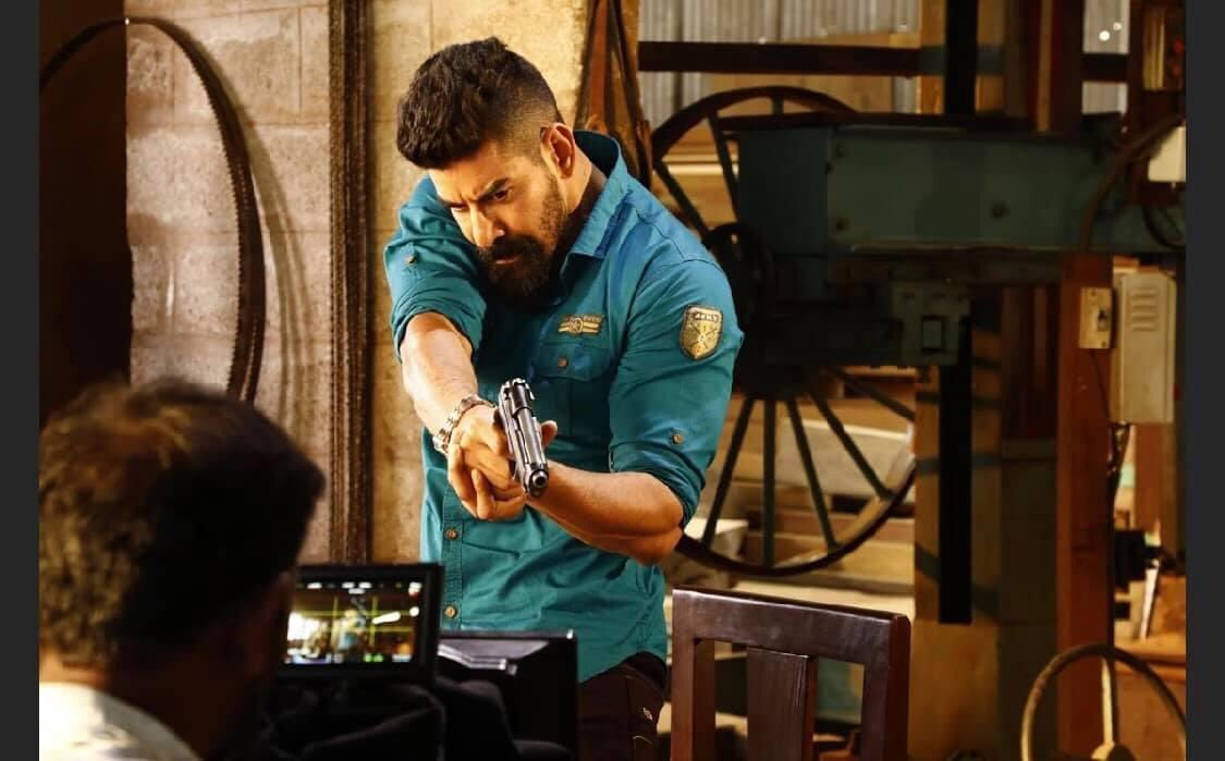 I was waiting for this dayy to greet the first person, but the situation didn't leave me 😣 sorry @Kabirduhansingh'na❤️🤗😘 I pray to God that you get all the wealth in this world and live for many years 🙏  I'm proud to be a slave to his love and acting 😎  #HBDKabirDuhanSingh https://t.co/G2K0pGlpIV