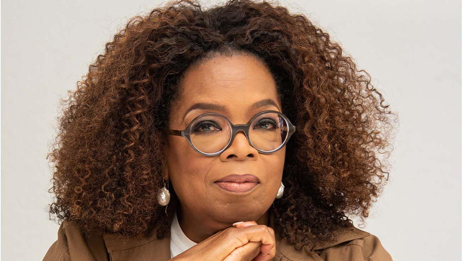 Apple and Oprah Winfrey have expanded their partnership into podcasting, with 'Oprah's Book Club' podcast, an eight-part miniseries focused on Isabel Wilkerson's book 'Caste: The Origins of Our Discontents' https://t.co/hxnWJIUiUo https://t.co/2Ie2wGuIAN