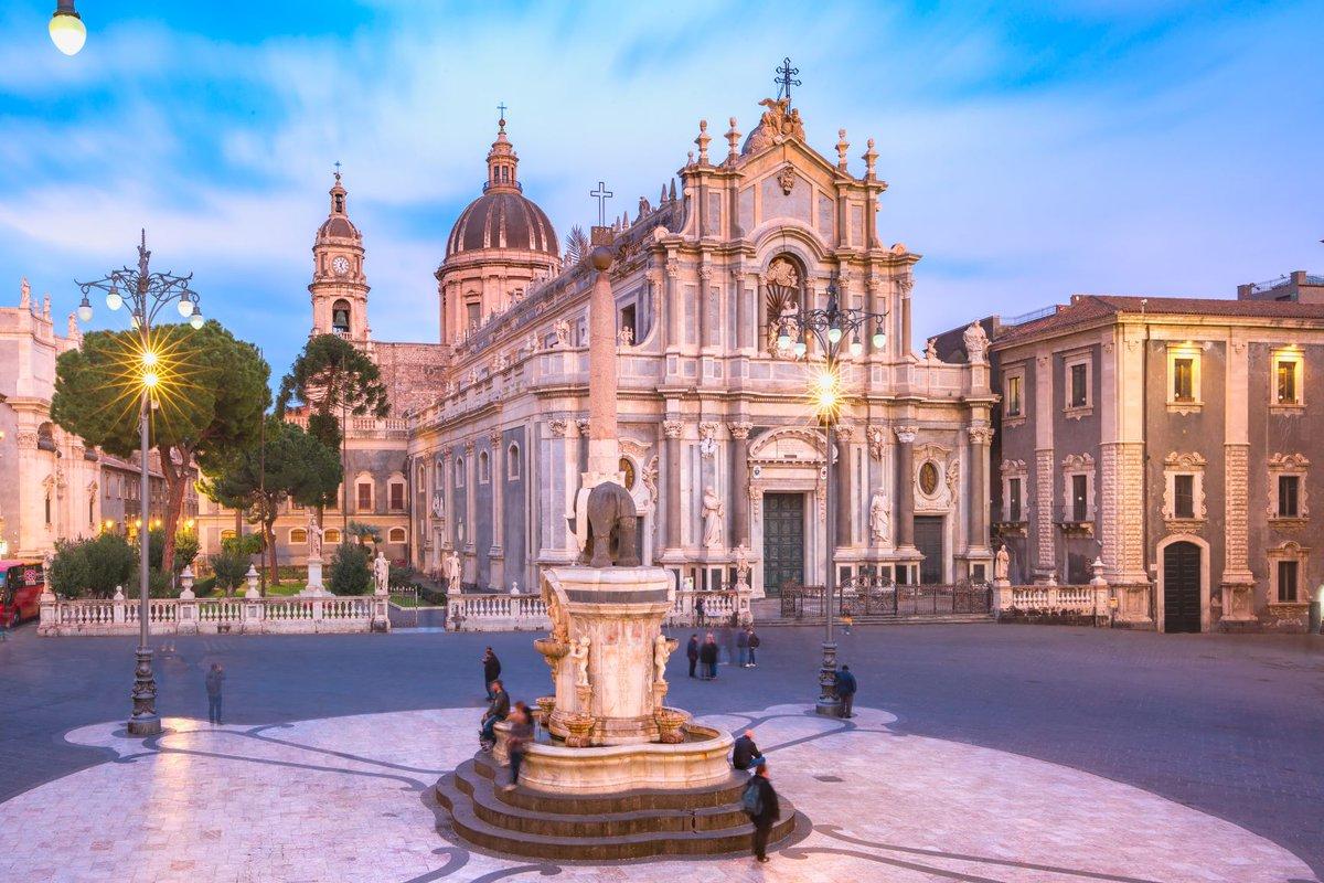 Bella Italia 🇮🇹 Ab 28. Oktober startet @wizzair mit zwei wöchentlichen Flügen nach #Catania auf #Sizilien. Tolle Ergänzung zur @Ryanair Strecke nach #Palermo. https://t.co/qY0dljmfnw