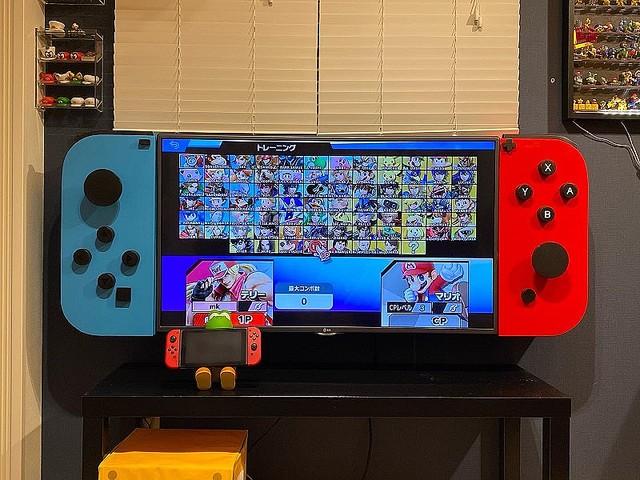 """推主做了一個""""巨大的Nintendo Switch""""~ EhZfdqjVgAASGLF"""