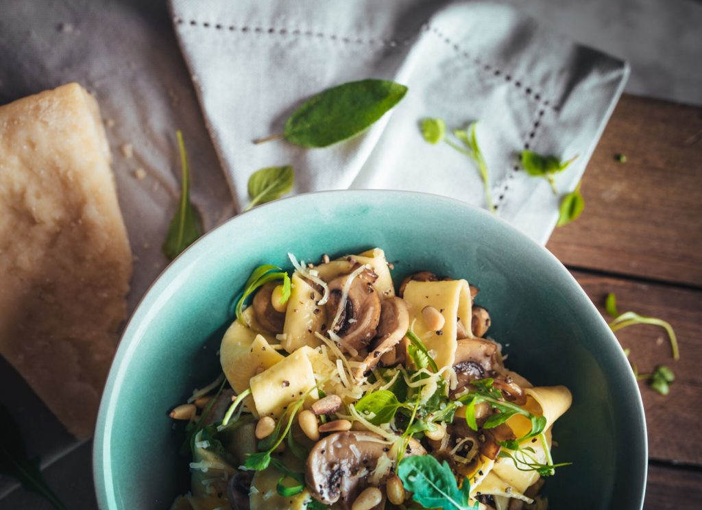 Autumn, it's nearly here, and that means it's time to forage. I'm talking fungi. We're blessed to find so many varieties across the county. Where do you find yours? When I get a glut of them I can't resist this mushroom pappardelle recipe. Give it a go! https://t.co/ND50MFLJ6o https://t.co/Wdy8OQ22LO