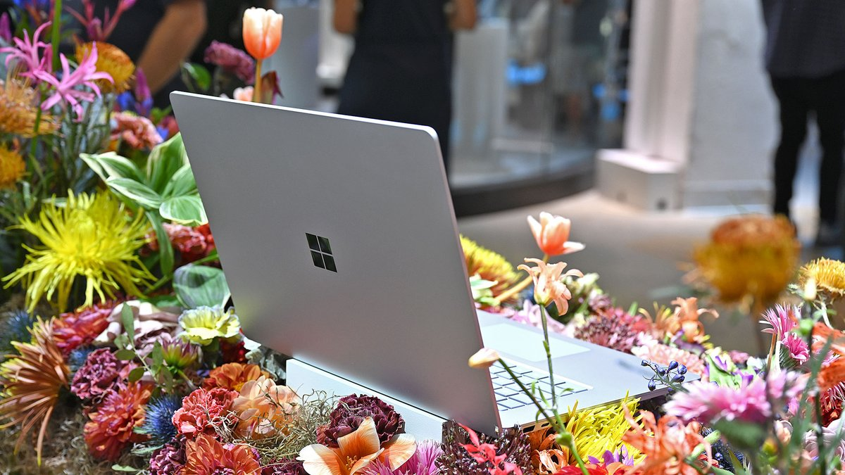 Microsoft may release a $500 to $600 Surface Laptop this fall