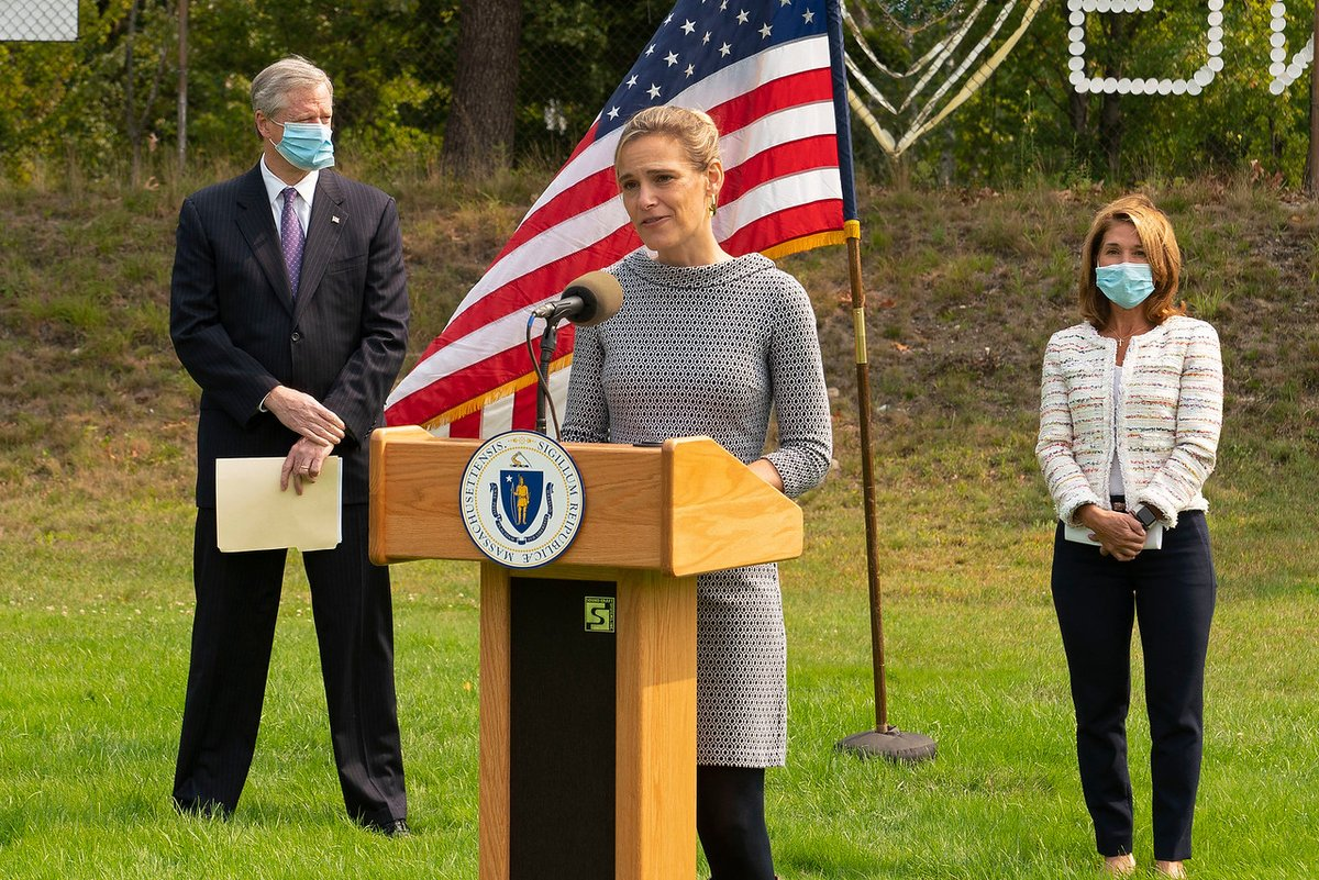 Continuing the Commonwealth's celebration of #MAClimateWeek, today @MassGovernor, @MassLtGov & @EEASecretary traveled to Fitchburg to announce $11.1 million in grants to to support climate resiliency projects through the MVP Program.  🔗 More: https://t.co/ku6vP1Qakp https://t.co/GaCaXX8Ii0