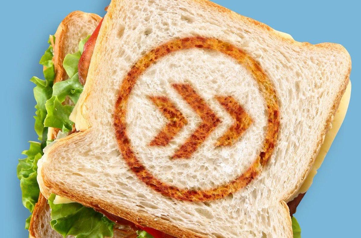 A partir de hoy, escucha el #sándwich con @leos y @Olallo_Rubio todos los martes en punto de las 6pm. https://t.co/GnDgf8lPfK