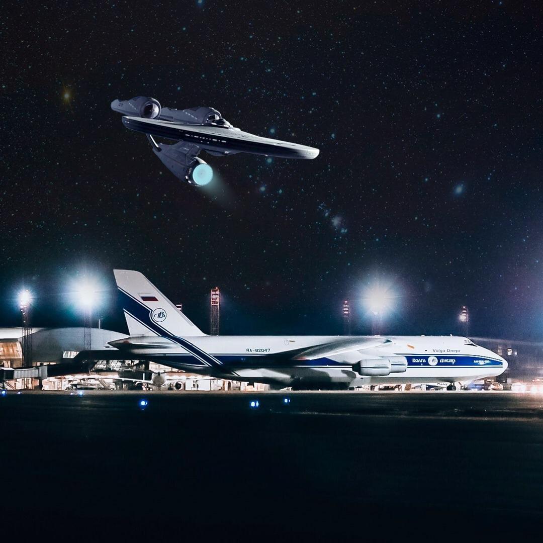 Pedra, papel, tesoura, lagarto, Spock.... É assim que as aeronaves estão decidindo para onde vão agora! 🖖 #StarTrekDay #AeroportoBSB #Brasília https://t.co/BD9Slv2cDj