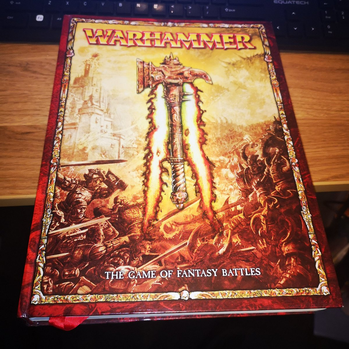 """I'm thinking of doing an ASMR video where I read from my old #WarhammerFantasyBattles core rule book. I don't have any """"Age of Sigmarines"""" books mainly because I'm what you might know as a traditionalist and there's no way I'm replacing my 3000pt Dwarfs army with new models. https://t.co/iY75wh9cdH"""