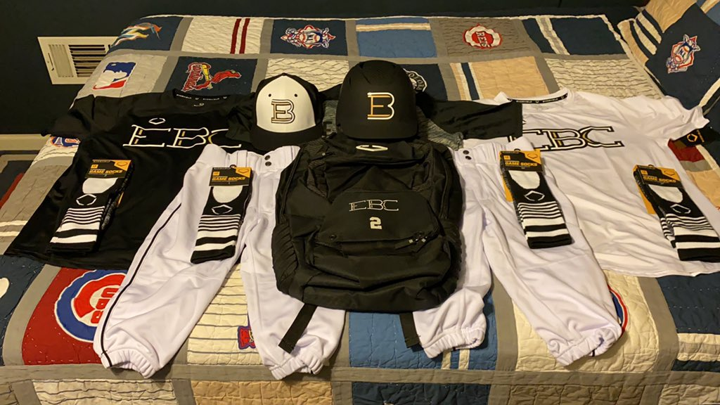 Christmas 🎄 in September!!! EBC has been blessed with @EvoShield and @Wilson apparel!!! One thing to look at it but come the weekend I'll be wearing it out!👀you Saturday @mattmiller59 @ECCCBaseball!Then come Sunday having lil family reunion with @EasleyBaseballC!#lovethegame https://t.co/XZy0u58k0D