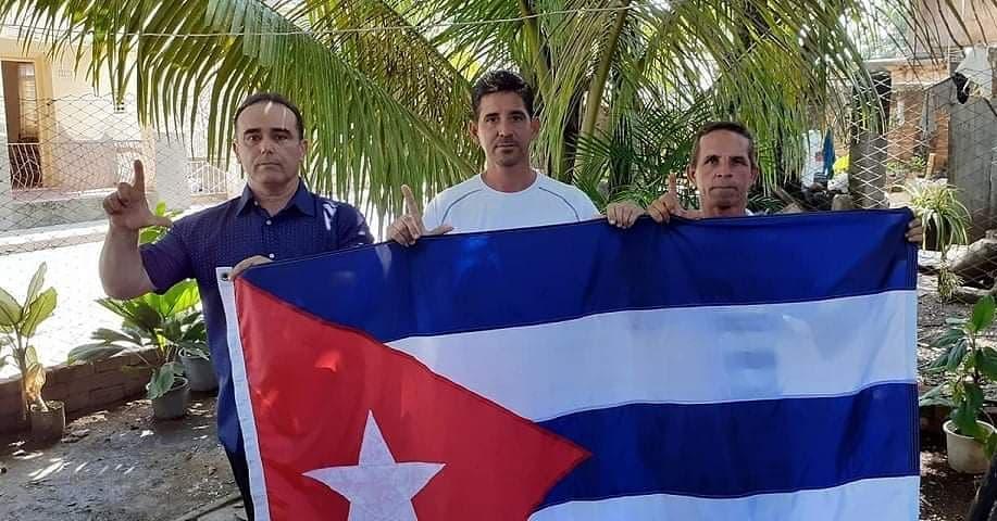 #CUBA | 8 DE SEPTIEMBRE DE 2020, 32 ANIVERSARIO DEL MOVIMIENTO CRISTIANO LIBERACION #MCL @oswaldopaya https://t.co/tmQ7hjTNc3 vía @NoticieroDC https://t.co/mGPjYWyDKk