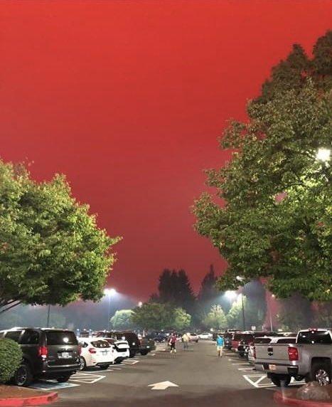 Oregon right now. #ClimateCrisis