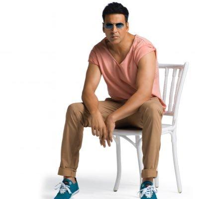 Very happy birthday akshay Kumar sir big fan of you