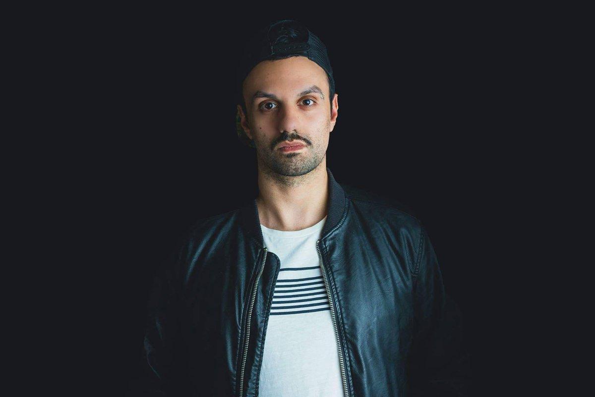 "Francesco Sambero Remixes LTN & Michele C's ""The Chase"" as part of LTN's Remix EP #2! 🌹 Check it out here ➞ https://t.co/lmWDDSa5oP  @Sambero_music @Louis_Tan_LTN @michelecmusic #trance #trancefamily @BlackHoleRec https://t.co/IeXSNTuZrn"