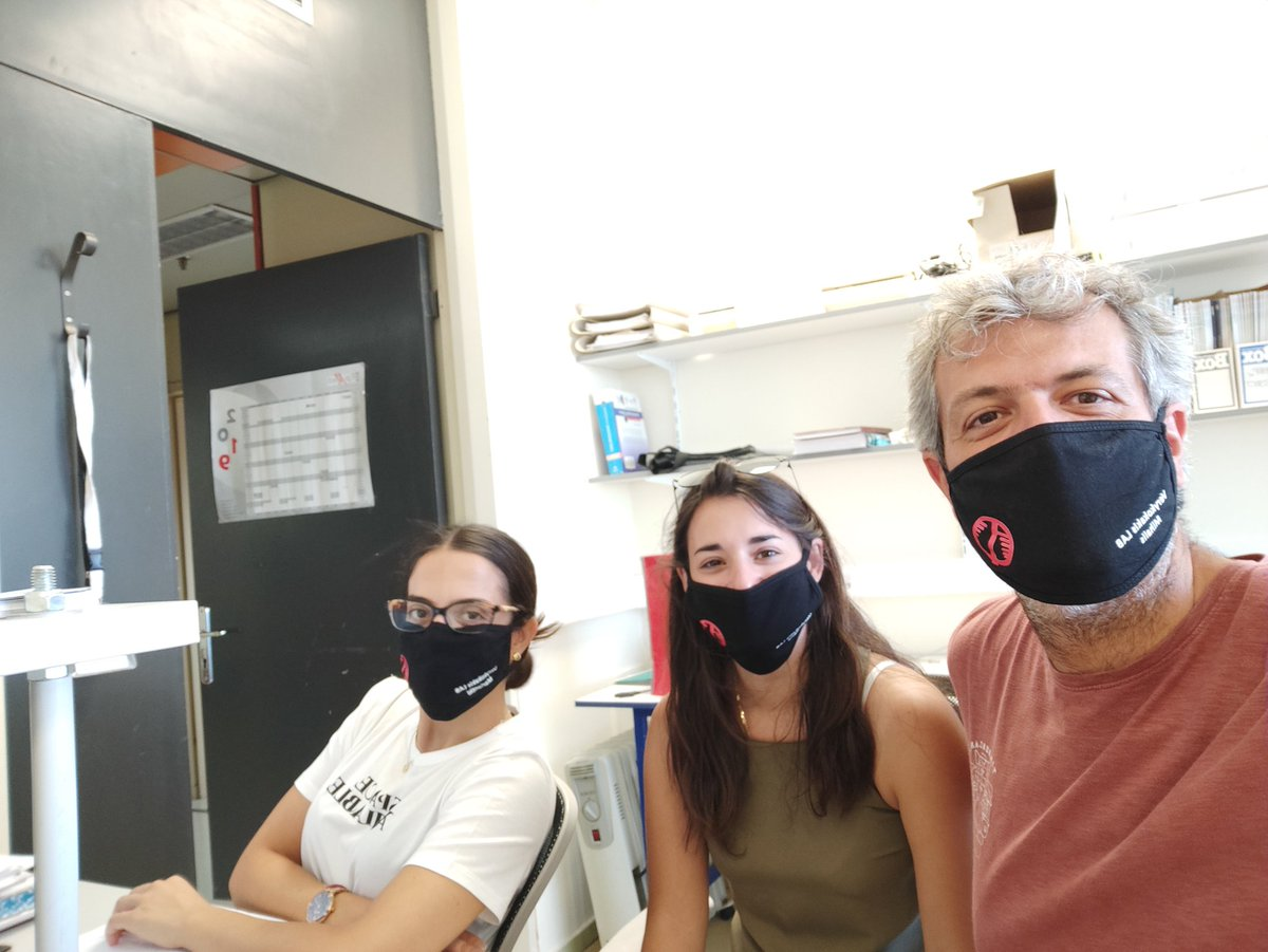 New arrivals in the lab today. Keep calm and wear a mask #covidfreelab https://t.co/j3BXmiB7qD