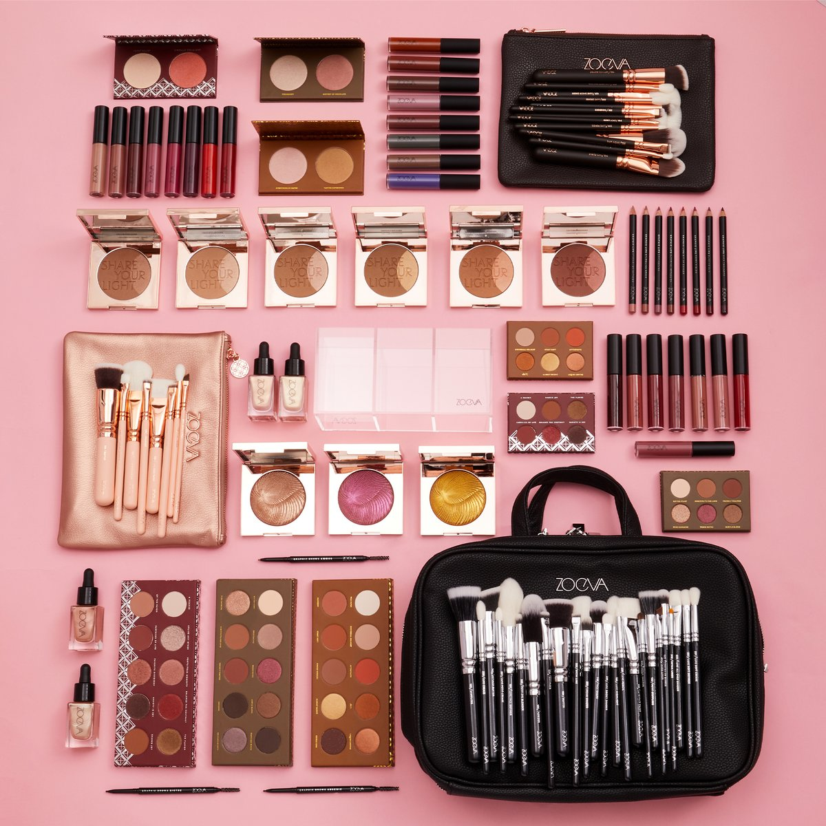 WANNA WIN ALL THIS?! ⚡ £1k worth of @ZoevaCosmetics including their boujeeeee Makeup Artist Zoe Bag 🤑 To be in with a chance of winning: – Like + RT this post 💘 - Reply with a ✨   (T+Cs apply: https://t.co/dDNlTo5lru) https://t.co/KWvhNNPZbz