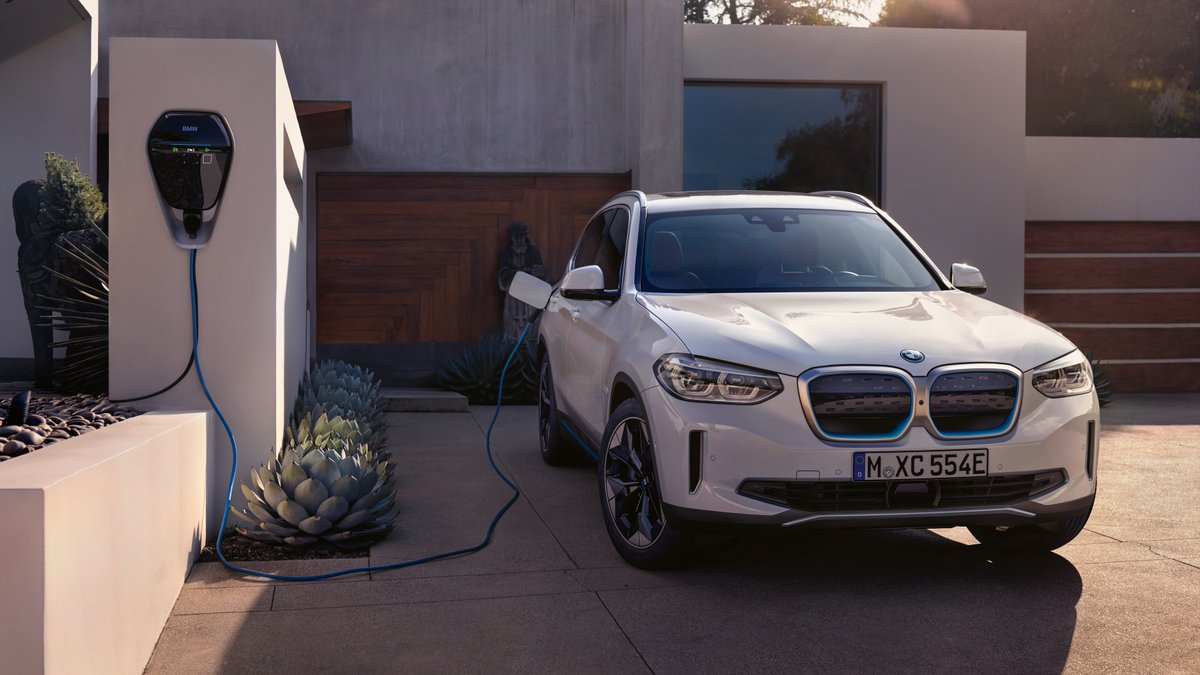 Mission to zero. Let's join World EV Day and make your next car electric. Read more about electric cars: https://t.co/eN8hldtiMu.  #THEiX3  The first-ever #BMW iX3. Energy consumption (combined): 17.8–17.5 kWh/100 km. CO₂ emissions (combined): 0 g/km. https://t.co/twXzMrWMl3 https://t.co/OSD2sNvLAg