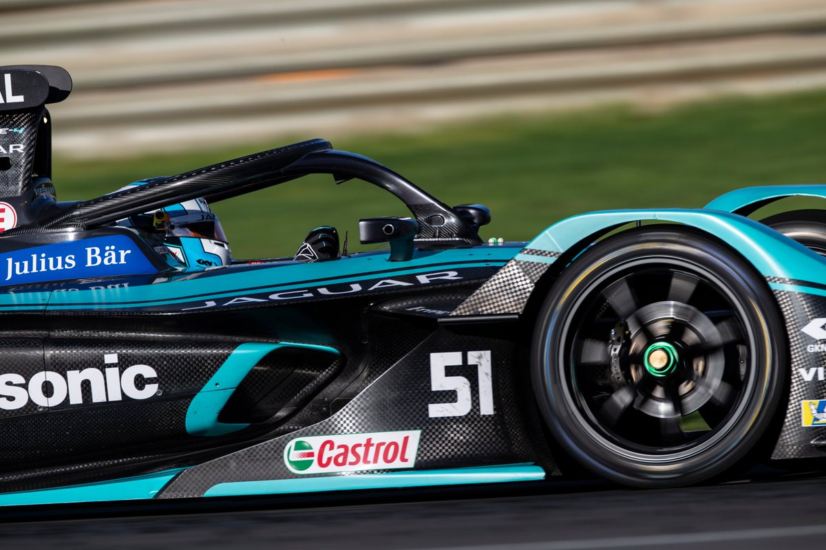 On #WorldEVDay, we're delighted to announce that  @JaguarRacing has chosen Castrol again for the upcoming ABB Formula E race season ⚡️. Find out more here https://t.co/2pnWCoD35S https://t.co/v6RaflOlME