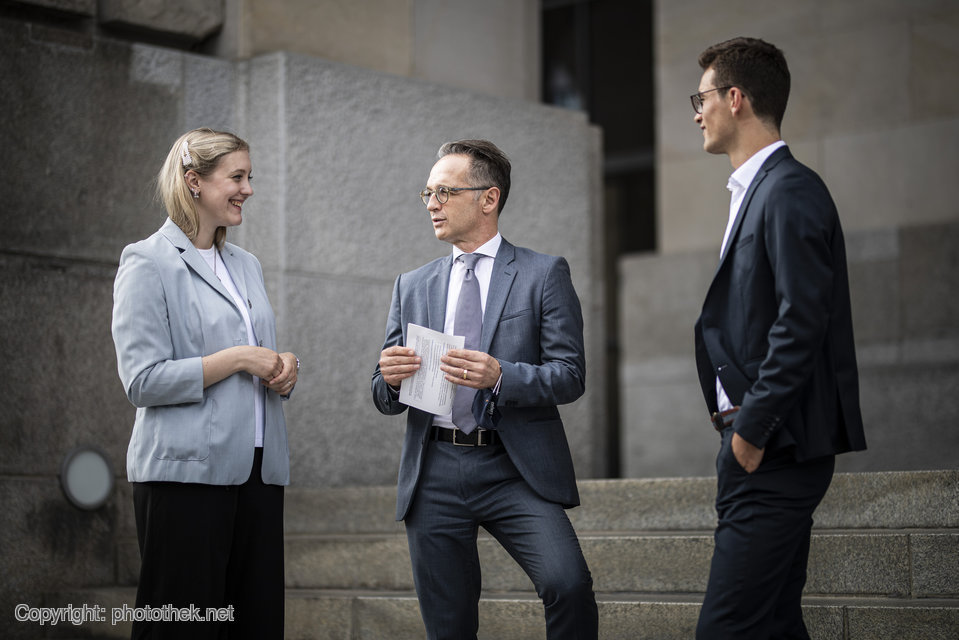 Climate protection, migration, education, and the role of young people in resolving conflicts: the @UN youth delegates give a voice to the perspectives of young people in the #UN General Assembly. Today, Eva and Paul, the two delegates, met with FM @HeikoMaas. https://t.co/7Ki67icwmb