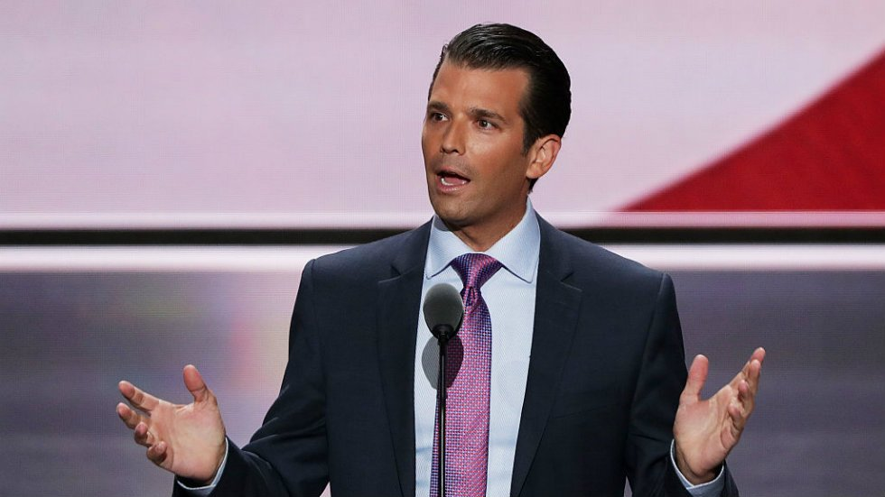 "Trump Jr. on alleged Kenosha shooter: ""We all do stupid things at 17"" https://t.co/C37Q8ASqqW https://t.co/PjXmQn4PKB"