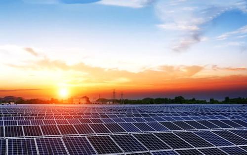 Le Togo participe au 1er sommet mondial sur les technologies solaires https://t.co/NOPgoktzDH https://t.co/XuxfRbDALl