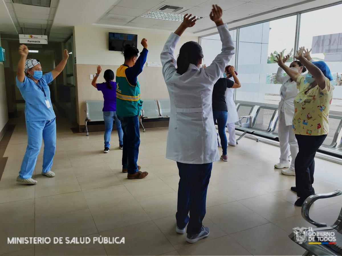 #Pangua #Cotopaxi El equipo de salud mental del Centro de Salud #Moraspungo,  realiza actividades de  bailoterapia como descarga emocional al personal, esto con la finalidad de mejorar el estado de ánimo al finalizar la jornada laboral en sus puestos de trabajo. #YoMeCuido https://t.co/YNg5XHdo2P