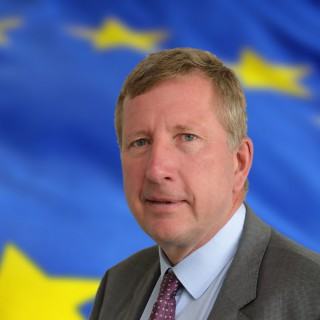 We are glad to welcome @defis_eu Deputy Director-General Pierre Delsaux as one of the speakers at the Opening session of the 2020 @esa #Phiweek. More info and updates on the programme at phiweek.esa.int