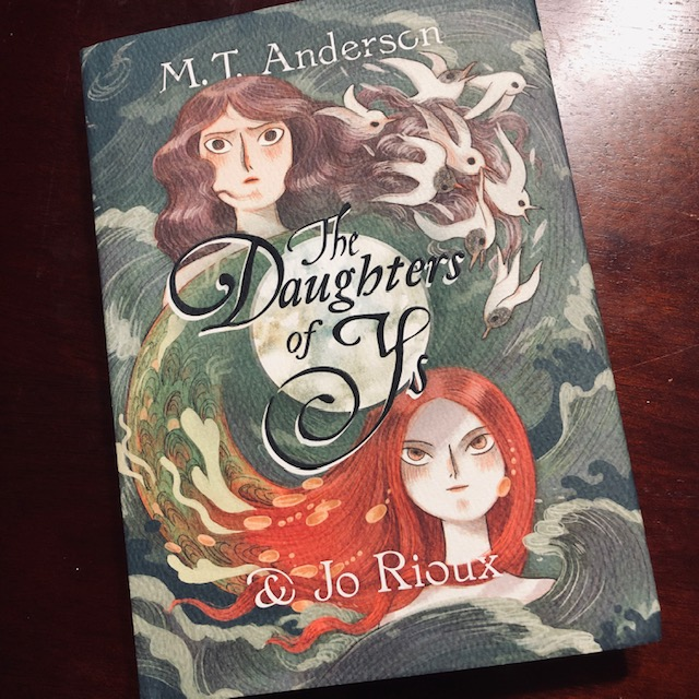 Beautiful Words + Beautiful Pictures = SUPER Creepy Story (but also beautiful)   You all need to check out The Daughters of Ys by @_MTAnderson and Jo Rioux from @01FirstSecond https://t.co/WBkXfkwbon