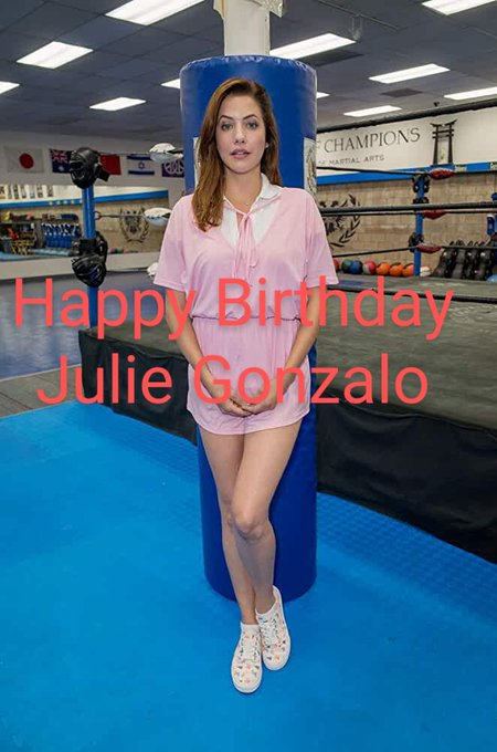 Happy Birthday to the      argentine-american actress.