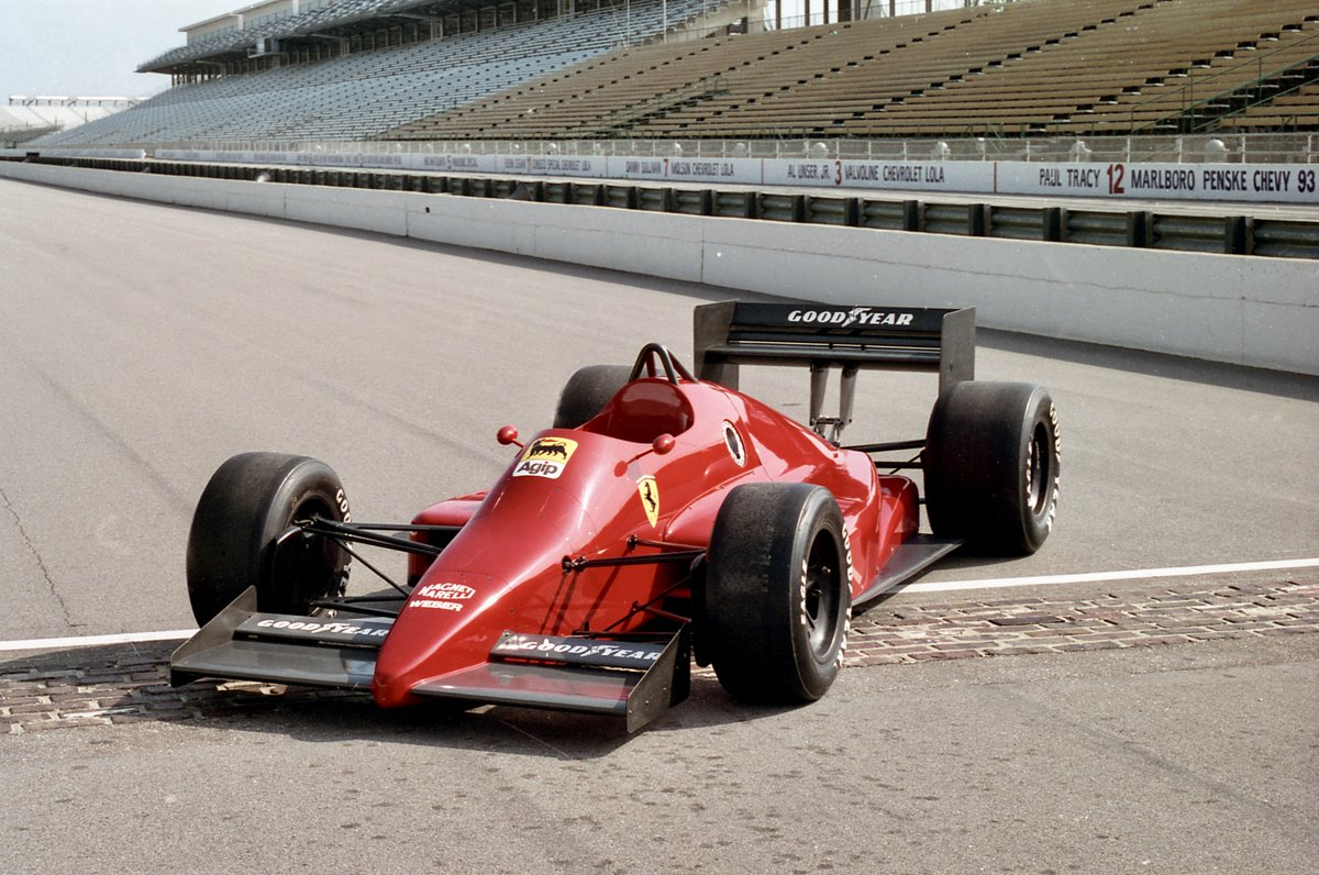At the start of the Adelaide Grand Prix era, Scuderia Ferrari was threatening to quit Formula 1 and move to the North American-based CART Indycar World Series. The manufacturer even built what would be this unraced IndyCar. #F1 #IndyCar #Adelaide #EssereFerrari #SF1000GP https://t.co/TX52astlgb